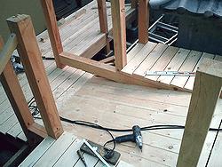 スロープの設置作業